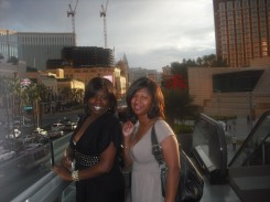 The 2 chicas on the Strip